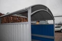 Крыша в павильона для курения данной модели арочного типа