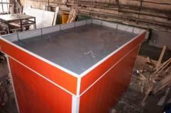 На крыше предусмотрены специальные петли для погрузки, разгрузки и перемещения павильона