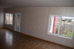Внутренняя отделка модульного павильона. Стены панели МДФ. Потолок панели ПВХ