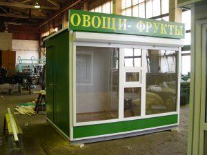 Большие витринные окна обеспечивают отличный обзор предлагаемой продукции