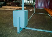 Урна прямоугольной формы в комплектации с ОМ-2
