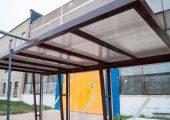 Отделка крыши сотовый поликарбонат (цвет бронза)