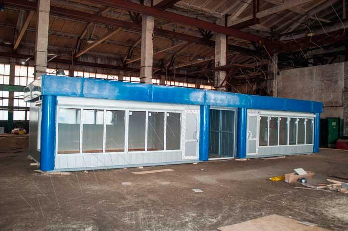 Павильон отделывается декоративными металлическими панелями - цвет металлик