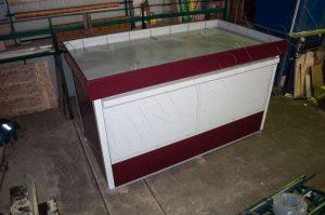 Крыша киоска со специальными петлями для погрузки и разгрузки