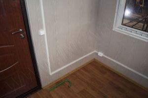 Внутренняя отделка поста охраны. Стены панели МДФ., но полу линолеум