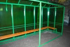 Во избежание провисания крыши - по центру на фасадной части предусмотрена опорная стойка