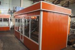 Отделка декоративными панелями оранжевого цвета