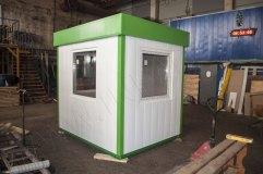 Отделка пункта для сотрудников охраны металлическими панелями белого цвета