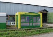Отделка торгового киоска —  гладкий лист с полимерным покрытием зеленого цвета