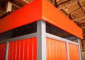 Угол декоративного козырька для контейнерной площадки КП-4