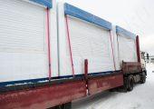 Для транспортировки на дальние расстояния и при наличии открытых окон оборачиваются дополнительно пленкой