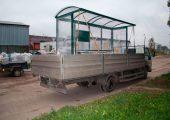 Остановка крепиться ремнями во избежание перемещения по кузову транспортного средства