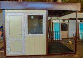 Пост охраны состоит из двух частей — помещение для сотрудников охраны и проходной части